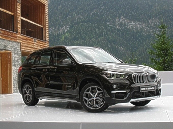 der neue bmw x1 neuer allrounder der x familie. Black Bedroom Furniture Sets. Home Design Ideas